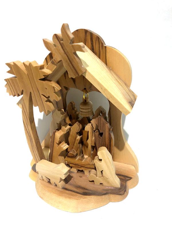 Presepe capanna con palma, pastori, angelo e campana
