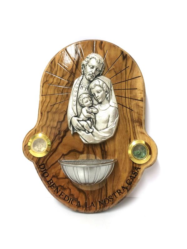 Acquasantiera con Sacra Famiglia