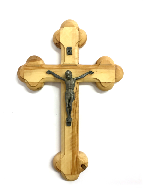 Crocefisso in legno con Cristo in metallo