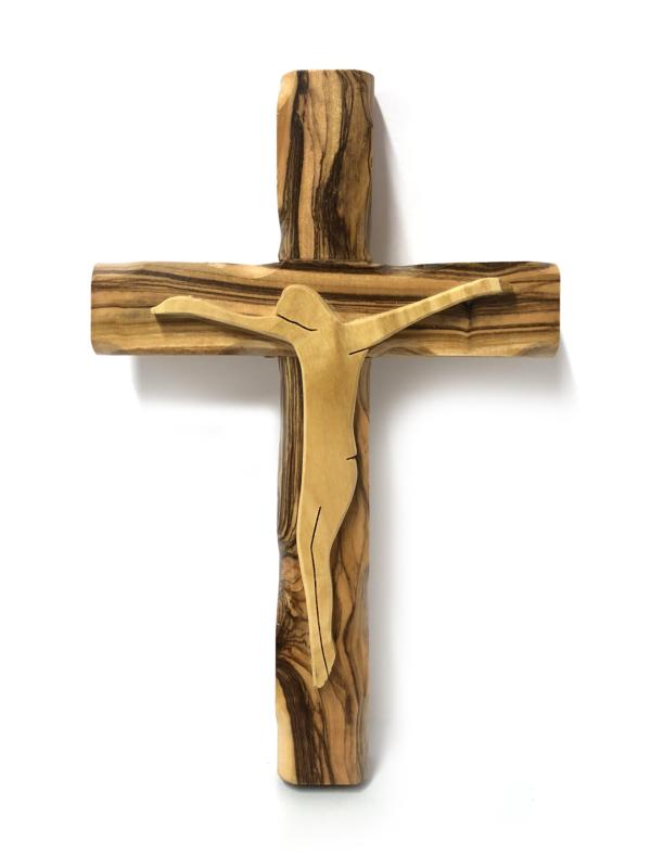 Crocefisso in legno semplice con Cristo