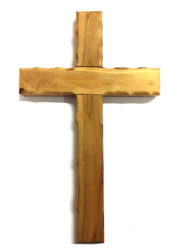 Crocefisso in legno con bordi ondulati