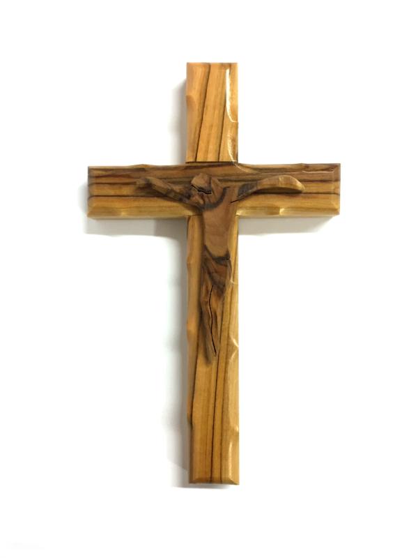Crocefisso ligneo con Cristo stilizzato