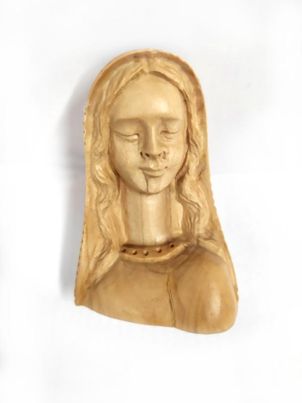 Mezzo busto di Maria