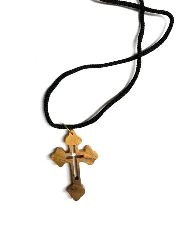 Ciondolo con croce doppia traforata e cordino